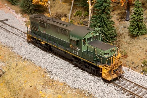 BC RAIL 608 RH 2 SMALL