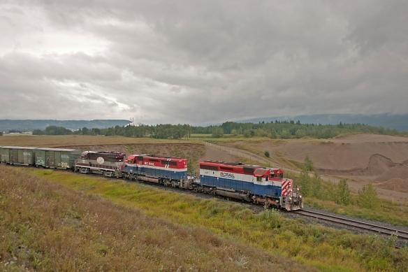 BC RAIL 759 AUG 22 2004 TAYLOR BC CRW_3751 SMALL